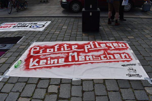 Versammlung der Berliner Krankenhausbewegung im Union-Stadion: Eisern bleiben!