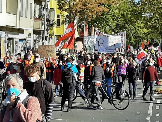 Gleicher Abschluss für alle! Solidarität mit der Berliner Krankenhausbewegung!